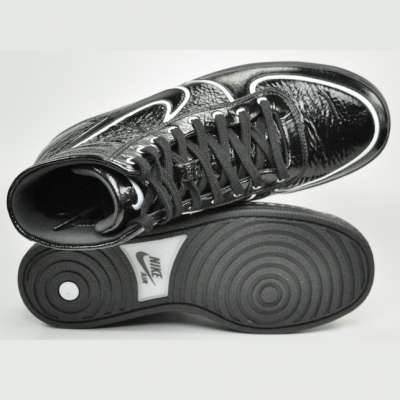 Nike Air Scandal Mid